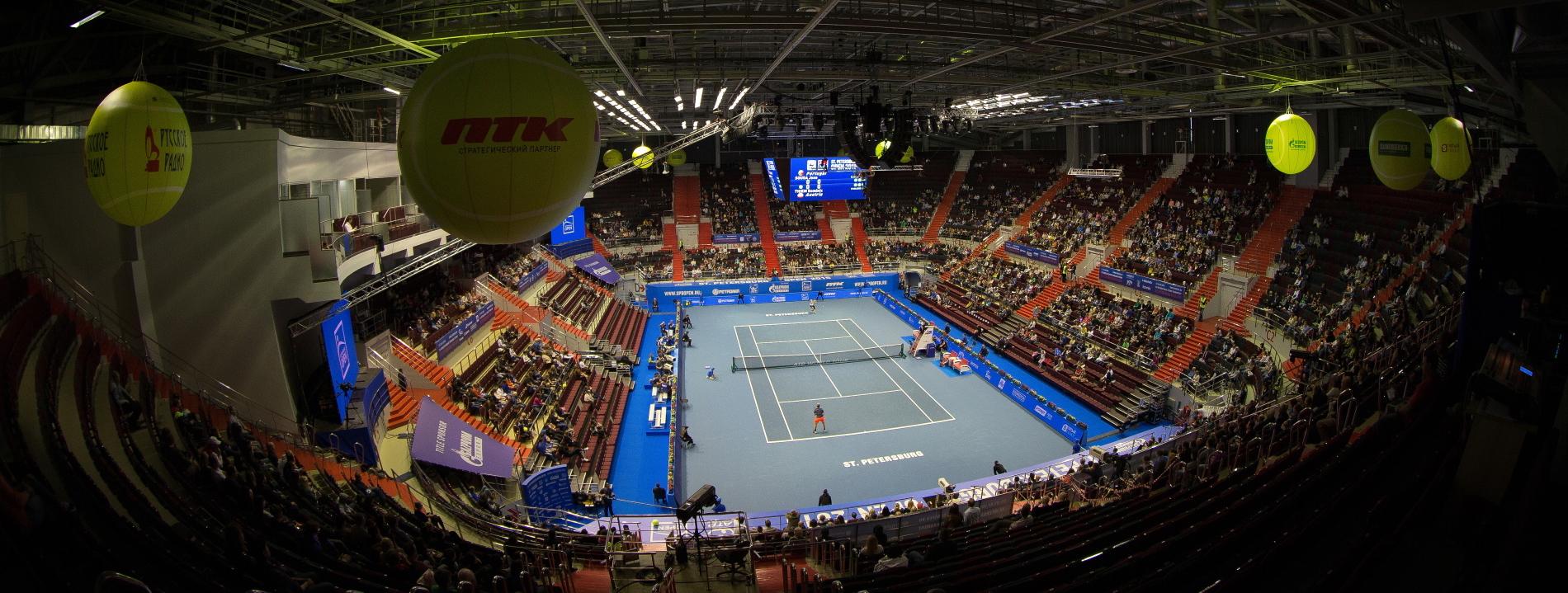 tennis. St. Petersburg Open 2015. Sibur Arena.  Joao SOUSA (POR)-DOMINIC THIEM (Austria) .