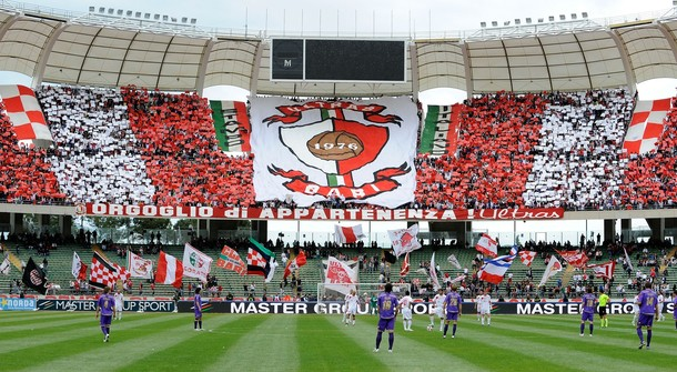 BARI, ITALY - MAY 16: Ageneral view during the Serie A match between AS Bari and ACF Fiorentina at Stadio San Nicola on May 16, 2010 in Bari, Italy.  (Photo by Giuseppe Bellini/Getty Images)