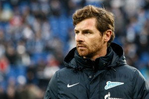 ST. PETERSBURG, RUSSIA - MARCH 24: FC Zenit St. Petersburg head coach Andre Villas-Boas looks on during the Russian Football League Championship match between FC Zenit St. Petersburg and FC Krylia Sovetov Samara at the Petrovsky stadium on March 24, 2014 in St. Petersburg, Russia. (Photo by Epsilon/Getty Images)