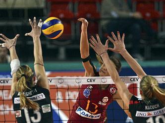 galatasaray-ceyrek-finalde-final-ise-istanbul
