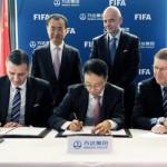 Gianni Infantino aduce bani din China