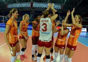 Ponturi pariuri volei Galatasaray vs Fenerbahce