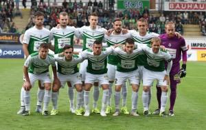 Intre tur si acest meci cei de la FK Baumit Jablonec au jucat in campionat impotriva lui Sigma Olomouc, partida pierduta in deplasare cu scorul de 2-1, dar in care elevii lui Zdenko Frt'ala au evlouat mai bine de jumatate de ora cu un om in minus dupa eliminarea fundasului dreapta Romera atunci cand partida arata scorul 1-1. De notat ca in acest meci cei de la Jablonec si-au odihnit mai multi jucatori in vederea acestei partide. In vederea meciului de azi de pe Generali Arena, Zdenek Frt'ala a declarat:,, Suntem abia la jumatatea duelului, dar cu siguranta ca rezultatul din tur ne pune intr-o pozitie foarte buna. O sa fie cu siguranta un meci foarte dificil, intrucat Sparta este o echipa foarte puternica pe teren propriu si vor face orice pentru a se califica in finala''